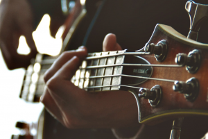 Short scale bass header